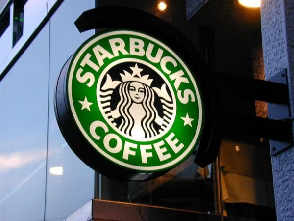 Starbucks' Workers to Earn Online