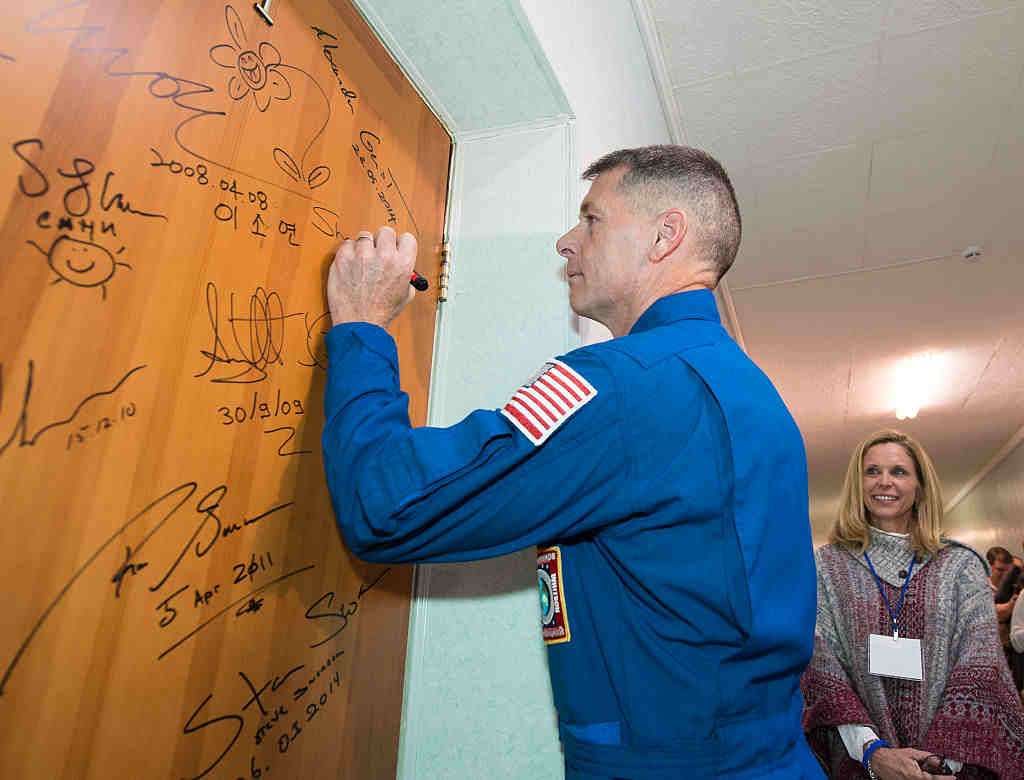 American Astronauts Cast Their Vote from Outer Space : Special Reports : University Herald