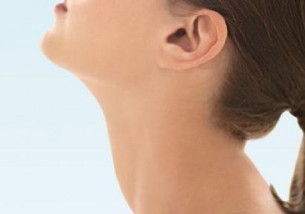 : twitter) Using virtual reality to misrepresent how far the neck ...  Neck