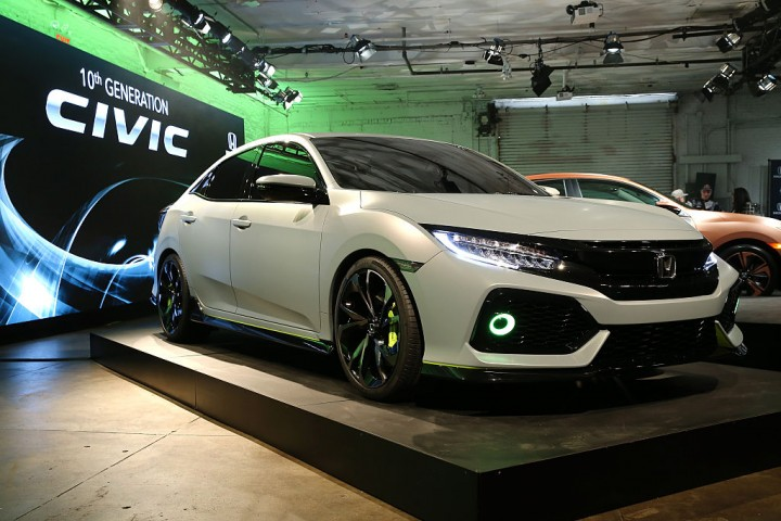 honda sneak peak on the newest hatchback civic 2017 trending news university herald