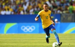 Neymar of Brazil in action during the Men's Semifinal Football match between Brazil and Honduras.