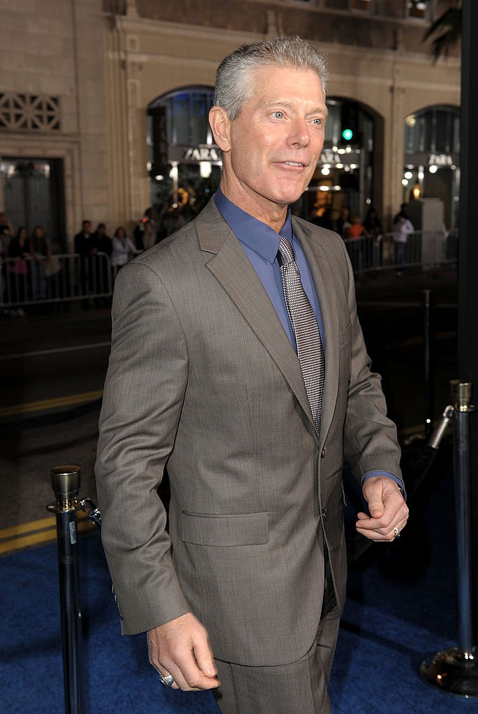 Actor Steven Lang arrives at the premiere of 20th Century Fox's 'Avatar' at the Grauman's Chinese Theatre