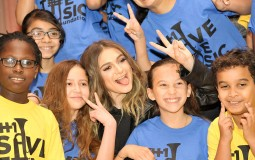 VH1 Save The Music and Daya Surprise MS 224 in the Bronx