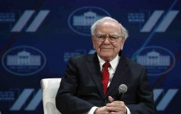 Warren Buffett Says He's Ready to Give President-Elect Donad Trump A Chance