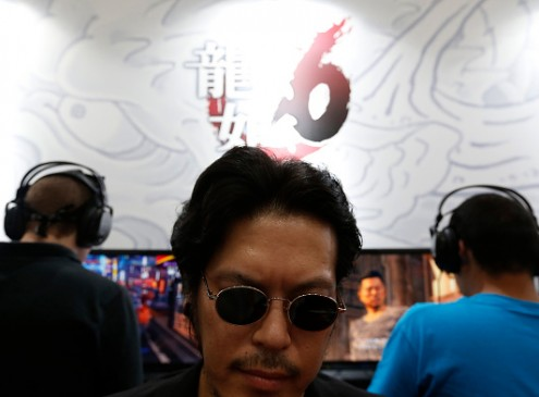 'Yakuza 6' Reveals New 25 Minute Gameplay Video; Retro Gaming Arcades, Clan Creator Revealed [VIDEO]