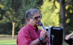 Deepak Chopra Explains The Physics Of Being One With The Universe