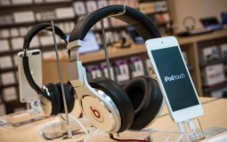 5 Education Podcasts That Would Boost Your Knowledge Bank