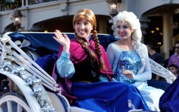 Anna and Elsa, main characters of Disney's 'Frozen,' inspired a group of college students to bring cheer to sick kids.