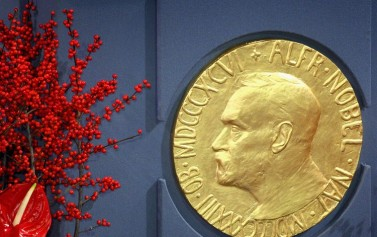 A Nobel Prize Winner Shares Strategy To Master Any Subject