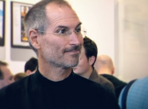 Apple CEO Tim Cook Honors Steve Jobs By Quoting Stanford Commencement Speech