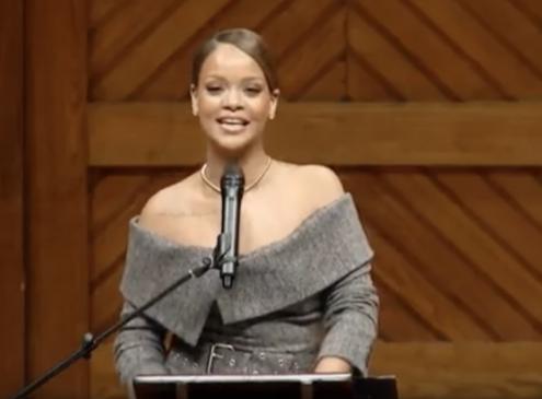 Harvard Awardee Rihanna Desires To Go Back To College After Receiving Harvard's 2017 Humanitarain Award