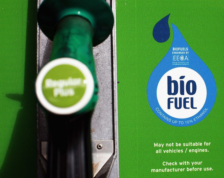Using biofuel for jet engines could help reduce pollution