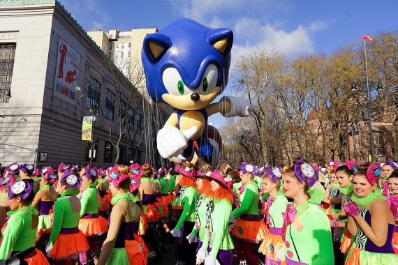 Sonic The Hedgehog - Thanksgiving Day Parade