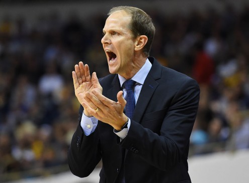 UW Hires Syracuse University Assistant Coach Mike Hopkins