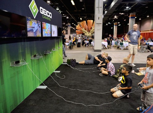 Playing Video Games may Help Treat Depression, Study Finds