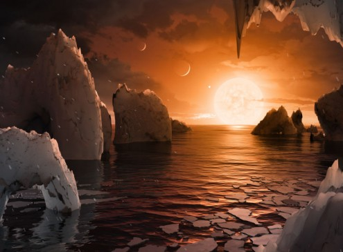 Astronomers Discover Planet With Water & Atmosphere; This Could Be It!