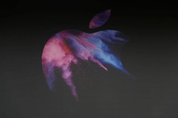 Apple launching three iPhones this fall