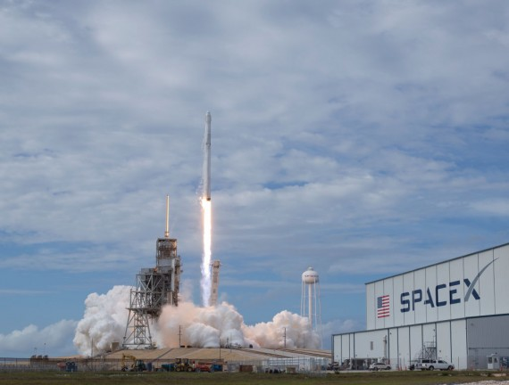 Mission To Mars Competition Between NASA And SpaceX